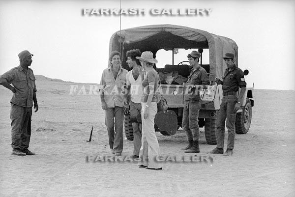 Yom Kippur 3 (1973) - With Band at the Suez Canal.jpg